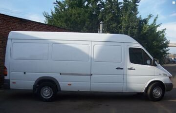 Mercedes-Benz-Sprinter-1387443_1